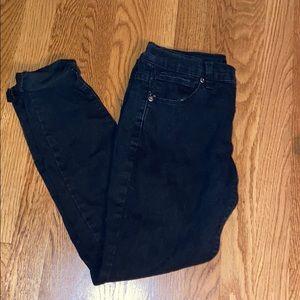 black jeans 🤩